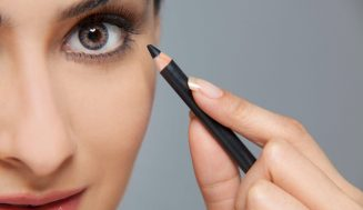 Best Eyeliner Use Women Soft Contacts